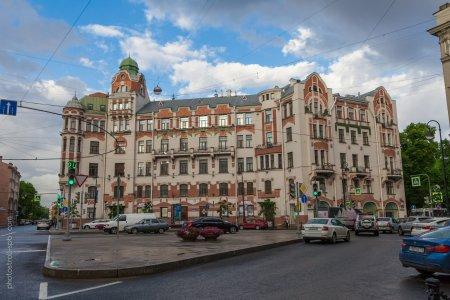 Петроградка от крепости до революции