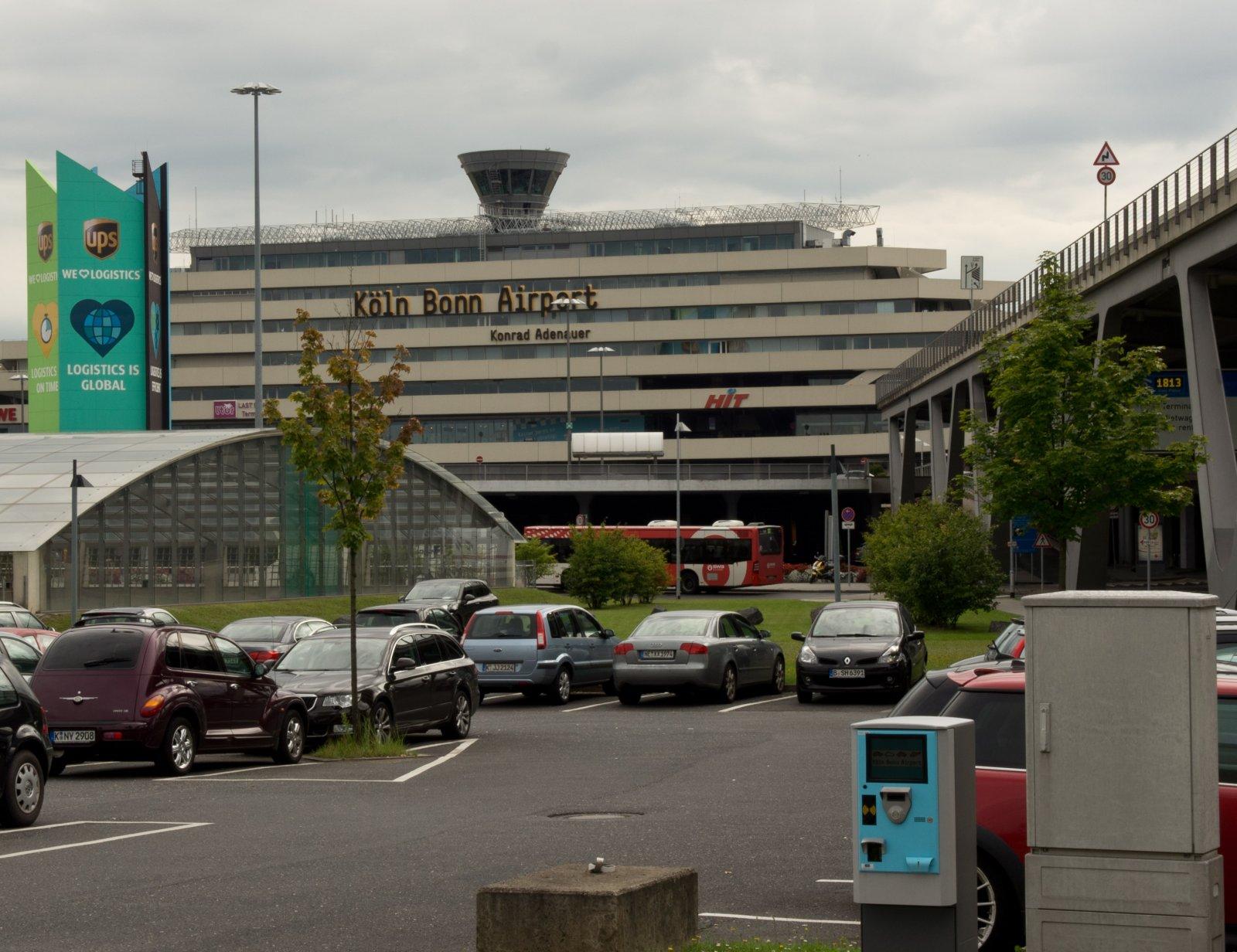 Трансферы из аэропорта Кельна, Дюссельдорфа в город и другие направления