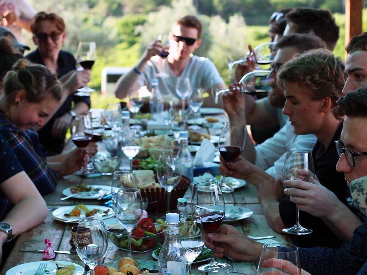 Познавательный тур по винодельне с дегустацией