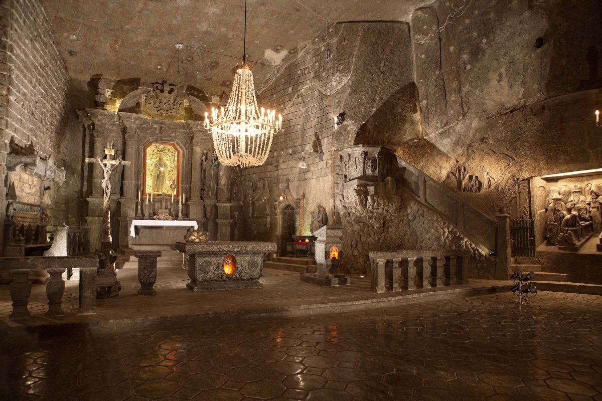 Тур в шахту «Величка»