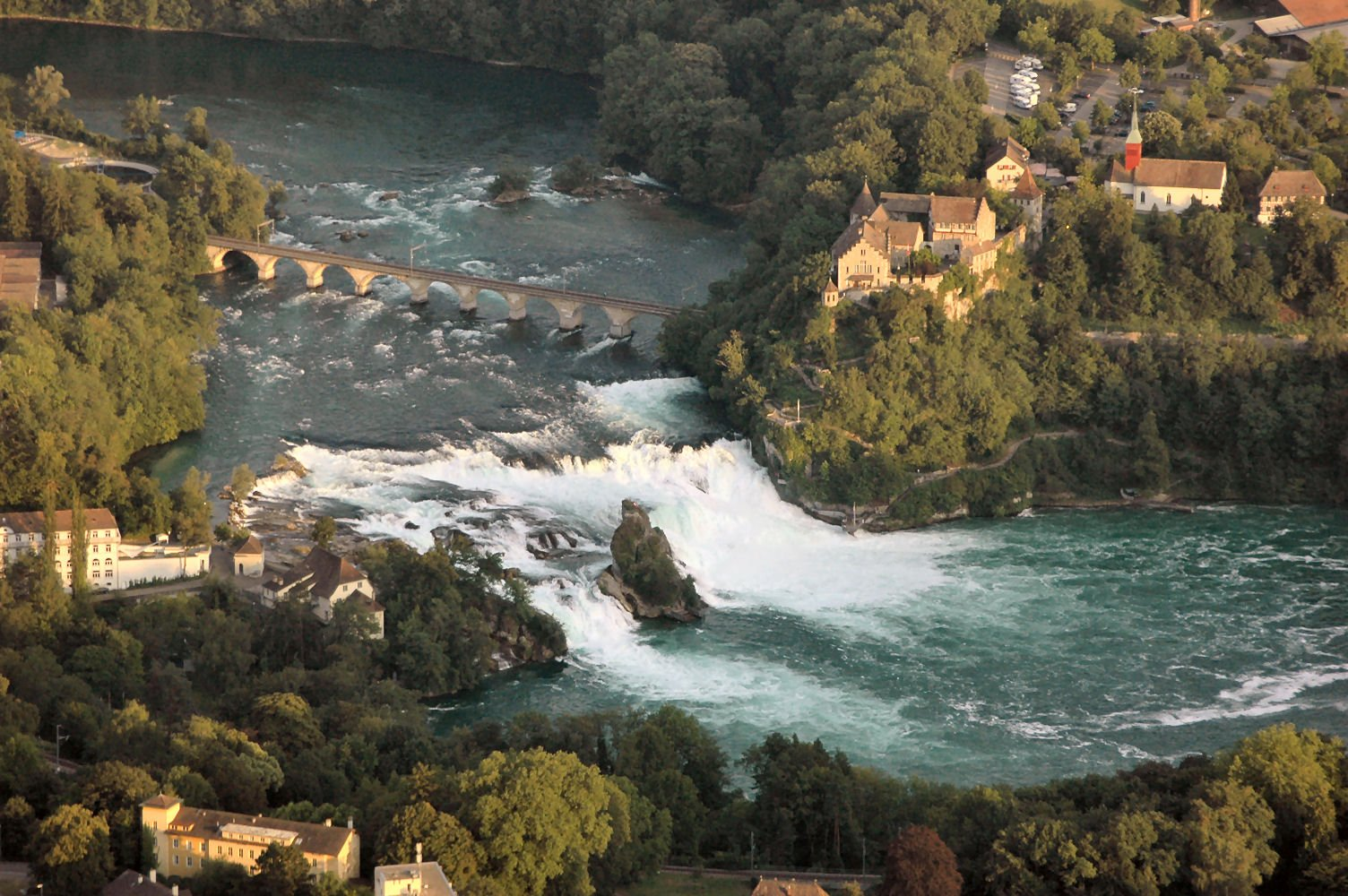 Рейнский водопад (Rheinfall), Швейцария - путеводитель ...