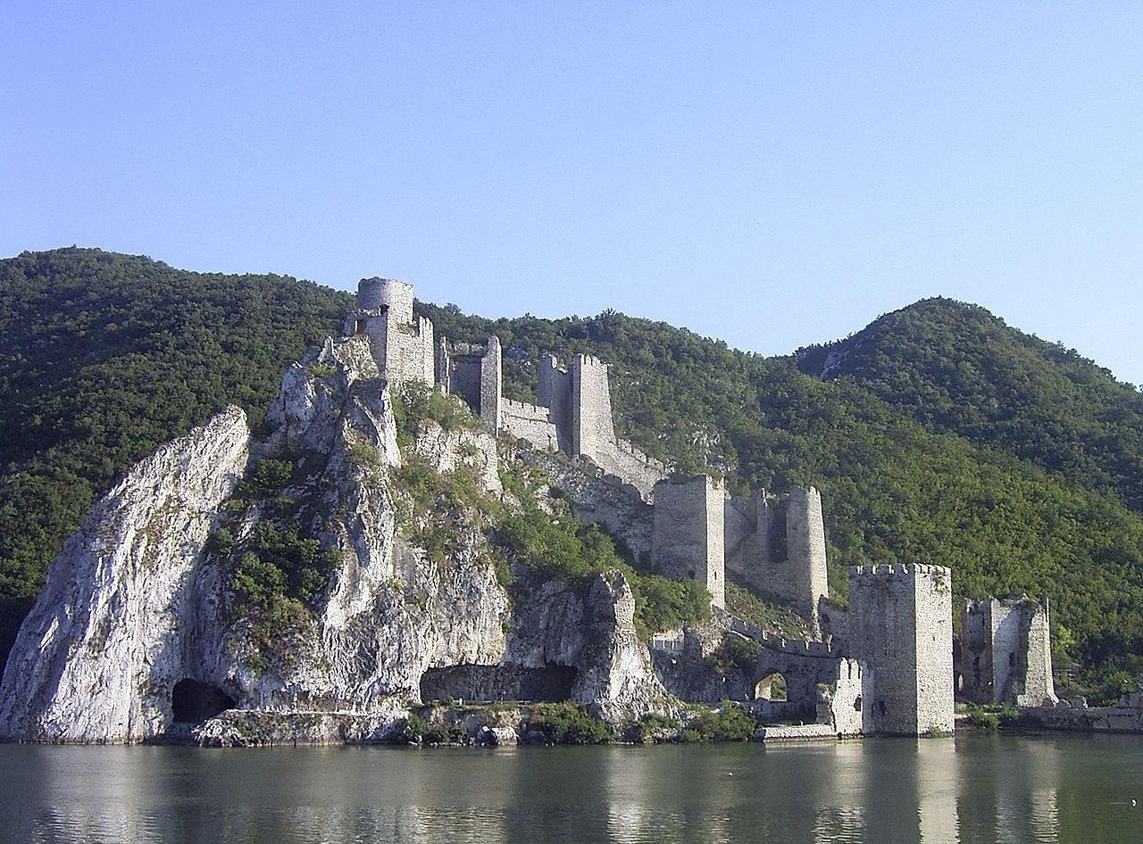 Восточная Сербия со смыслом и вкусом за 2 дня
