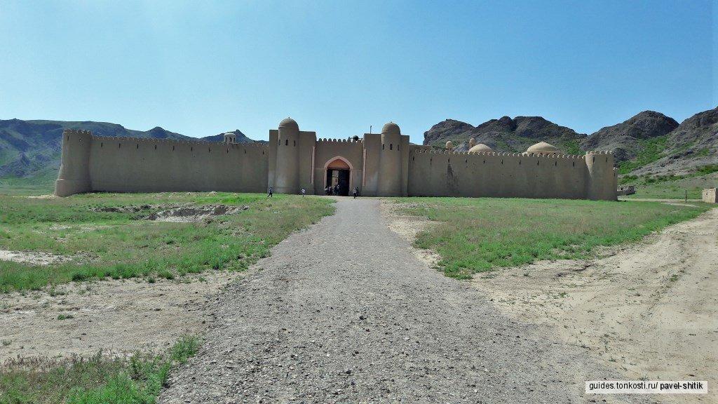 Река Или, крепость Кочевник и Тамгалы Тас