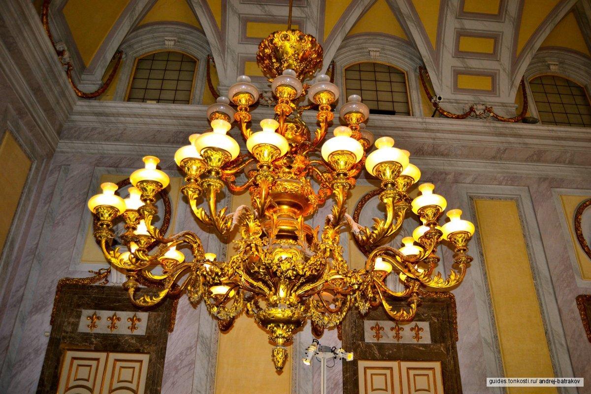 Королевский дворец Бурбонов