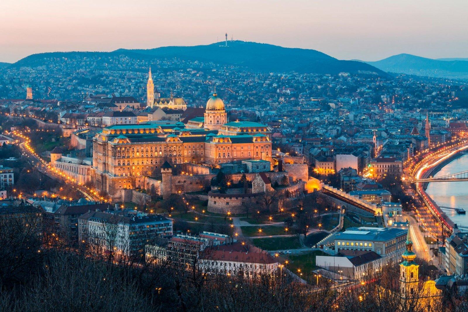 Весь день с Будапештом!