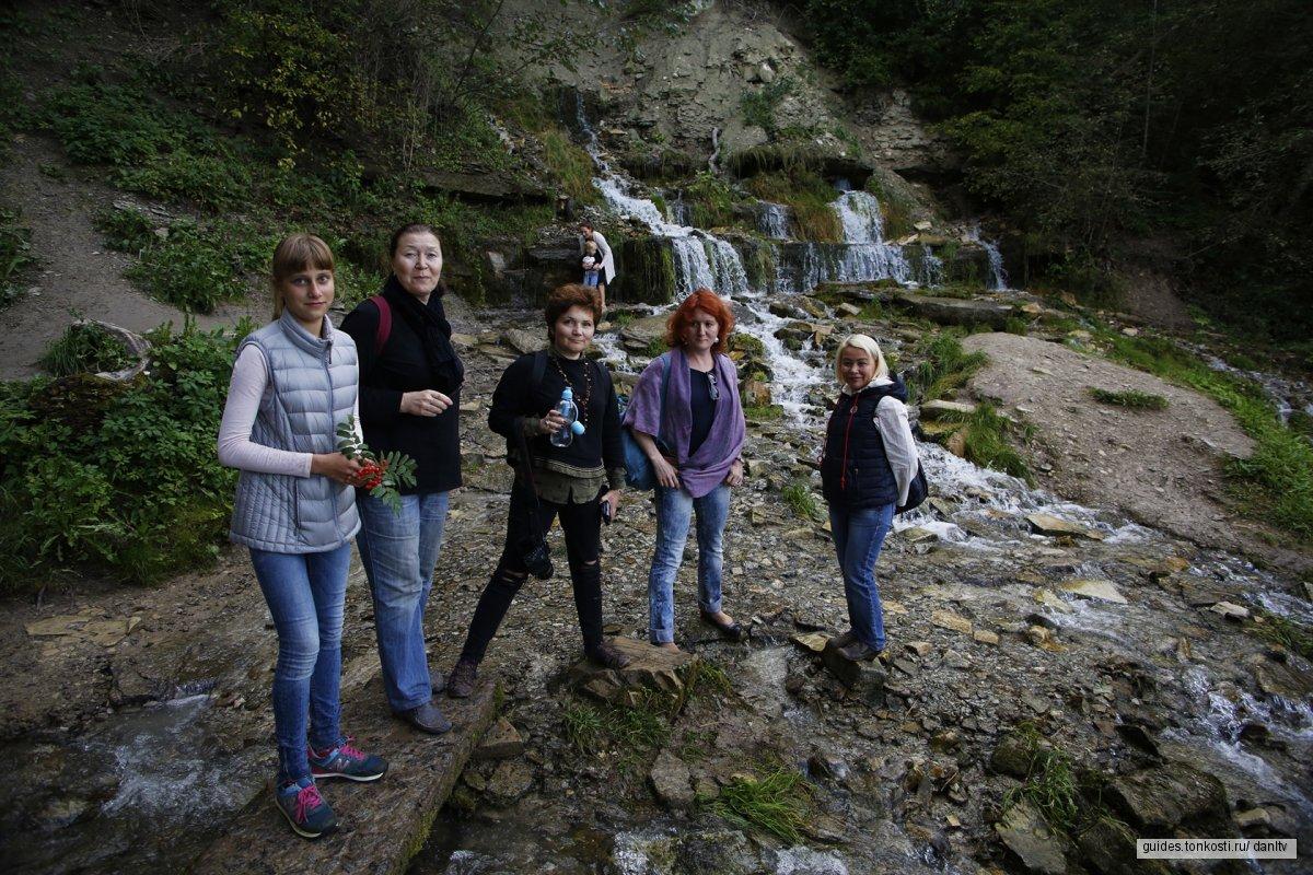 Понять Изборск за 2 часа: прогулка с местным жителем