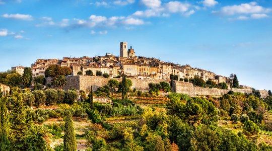 Дегустация провансальских вин —  шато Белле. Модный и старинный Сен-Поль-де-Ванс