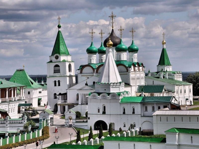 Дивные храмы Нижнего