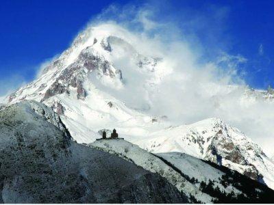К Казбеку по следам выдающихся альпинистов!
