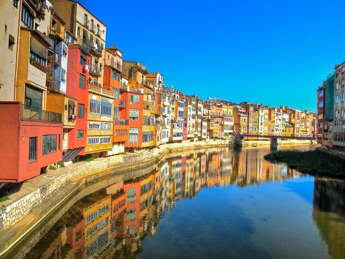 Средневековая Жирона — один из лучших готических кварталов Европы