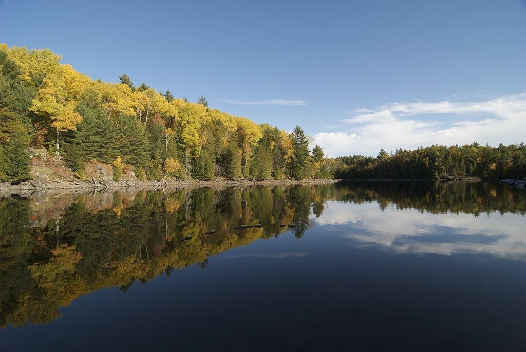 Неразгаданное послание древних коренных жителей Канады.Тур в индейские резервации с круизом