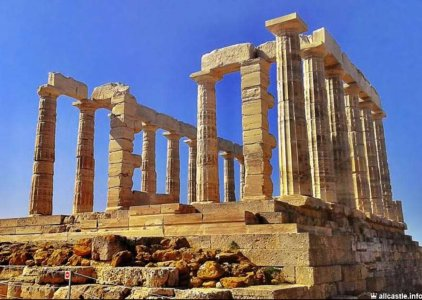 Мыс Сунион — храм Посейдона и тёплое озеро Вульягмени