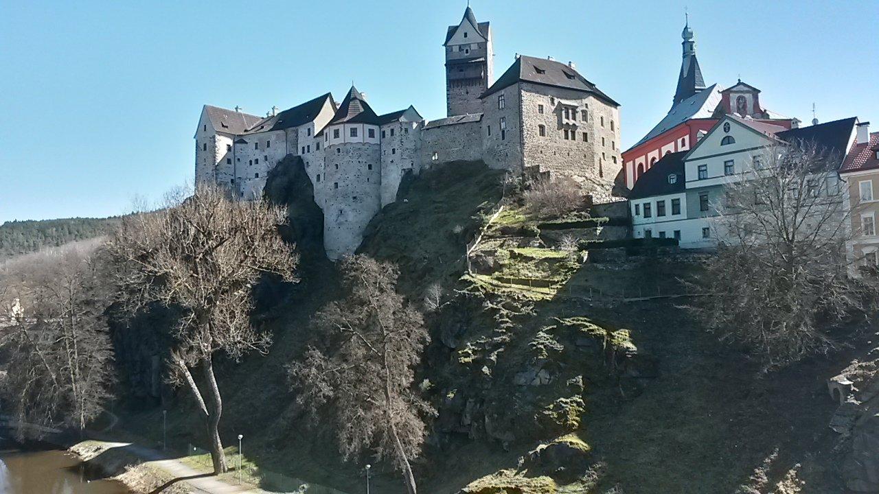 Знаменитые Карловы Вары и загадочный замок Локет