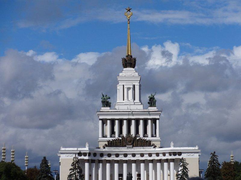 ВДНХ — дворцы советской эпохи