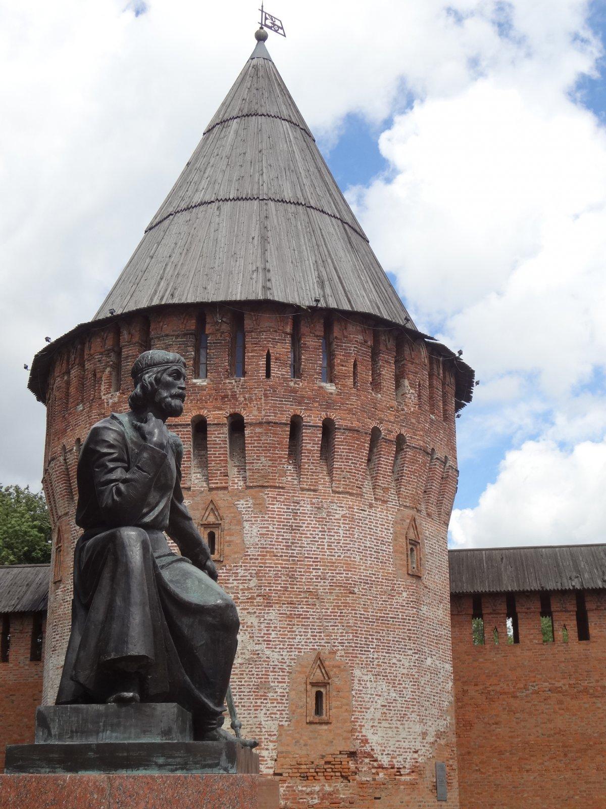 Смоленская крепость — путешествие вглубь веков