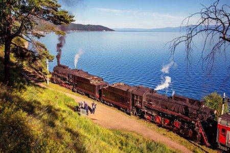 Пятичасовая водная экскурсия по Кругобайкальской железной дороге
