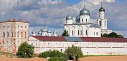 Свято-Юрьев монастырь в Великом Новгороде