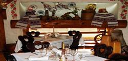 Ресторан «Семь поросят» во Львове