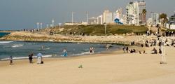 Пляж «Банана-Бич» в Тель-Авиве