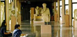 Археологический музей в Измире