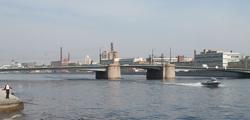 Гренадерский мост в Санкт-Петербурге