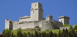 Крепость Рокка Маджоре в Ассизи