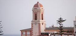Башня Торре-дель-Релох в Эстепоне