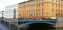 Мост Поцелуев в Санкт-Петербурге