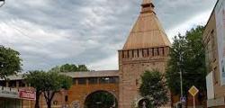 Никольские ворота Смоленска
