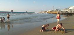 Пляж дельфинария в Тель-Авиве