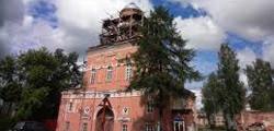 Введенский женский монастырь в Тихвине