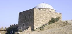 Храм с аркадой в Судаке
