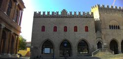 Палаццо-дель-Подеста в Римини
