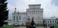 Знаменская башня Ярославля