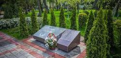 Сквер Памяти и аллея Славы в Анапе