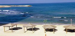 Пляж «Хилтон-Бич» в Тель-Авиве