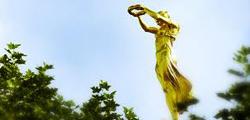 Памятник «Золотая фрау» в Люксембурге