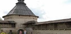 Покровская башня в Пскове