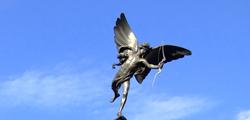 Памятник «Эрос» в Лондоне