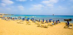 Пляж в заливе Фигового дерева