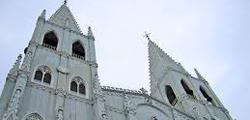 Церковь Сан-Себастьян в Маниле